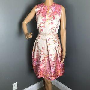 Carmen Marc Valvo Woman's Dress Size 10 Color Pink